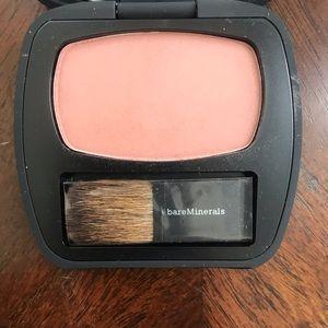 bareMinerals Makeup - bareMinerals The Close Call Blush